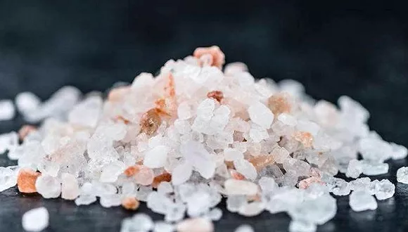 """中国首次推出""""食品工业减盐指南"""",目标2030年加工食品减盐20%"""